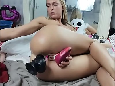 www.girls4cock.com — Camgirl siswet19 nice anal play with big dildo