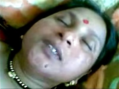 Indian Village aunty sex in her husband